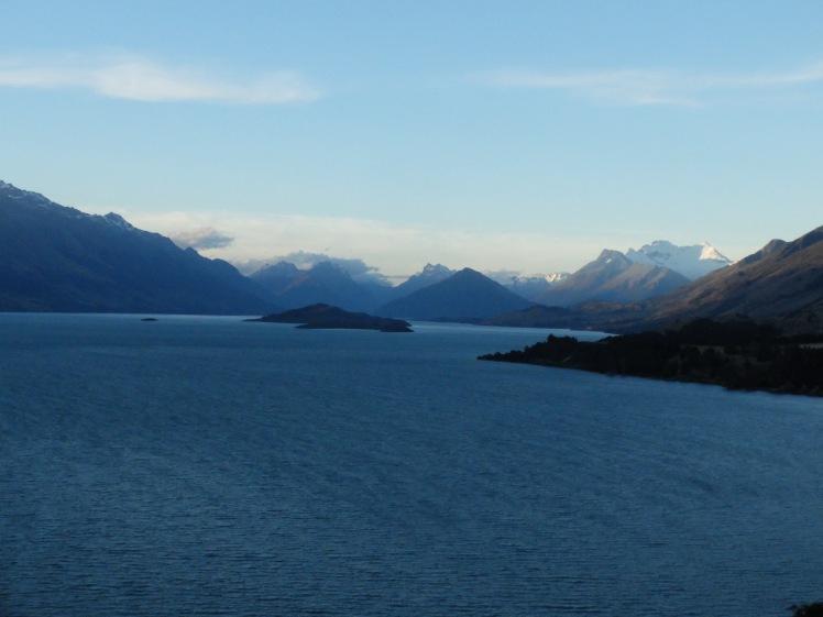 Views along Lake Wakitipu
